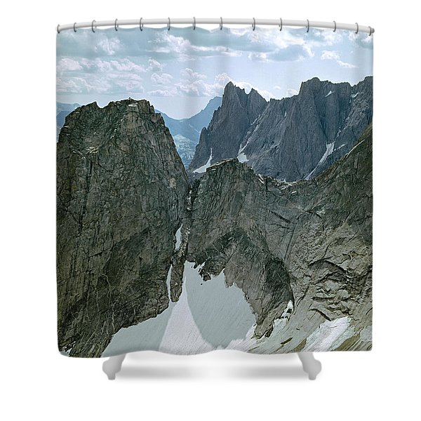 209615-cirque Of Towers, Wind Rivers, Wy Shower Curtain