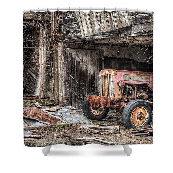 Comfortable Chaos - Old Tractor At Rest - Agricultural Machinary - Old Barn Shower Curtain