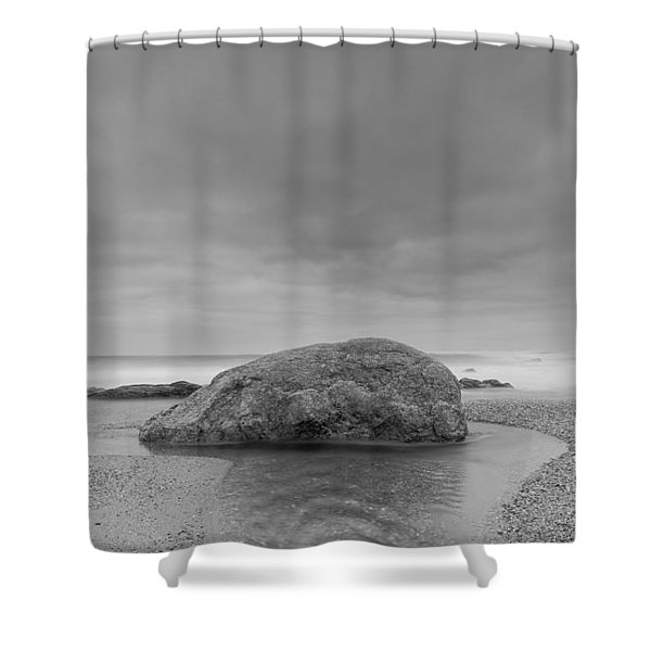 Curly Water Shower Curtain