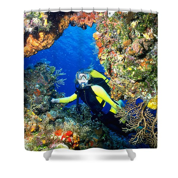 Divers Looks Into Cozumel Crevice Shower Curtain