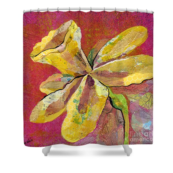 Early Spring II Daffodil Series Shower Curtain