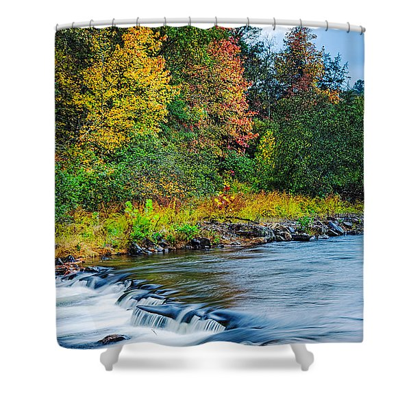 Foretelling Of A Storm Beaver's Bend Broken Bow Fall Foliage Shower Curtain