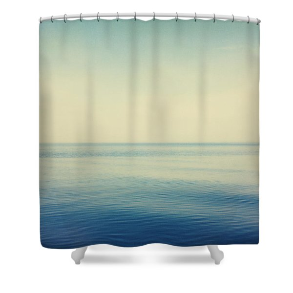 Fv4281, Bert Klassen Water And Sky Shower Curtain