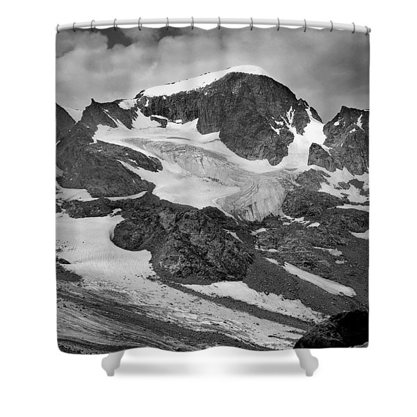 509427-bw-gannett Peak And Gooseneck Glacier, Wind Rivers Shower Curtain