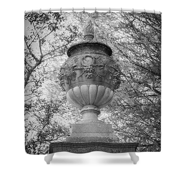 Garden Urn Colonial Williamsburg Shower Curtain