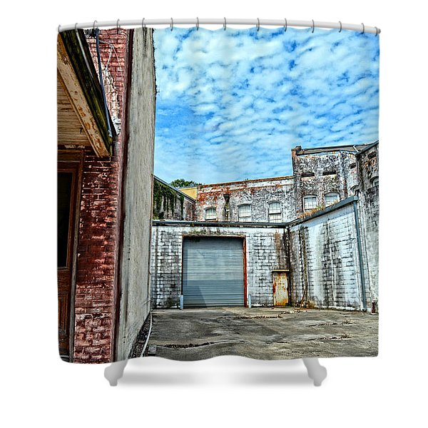 Hdr Alley Shower Curtain