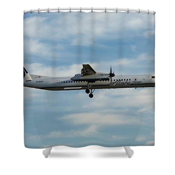 Horizon Airlines Q-400 Approach Shower Curtain