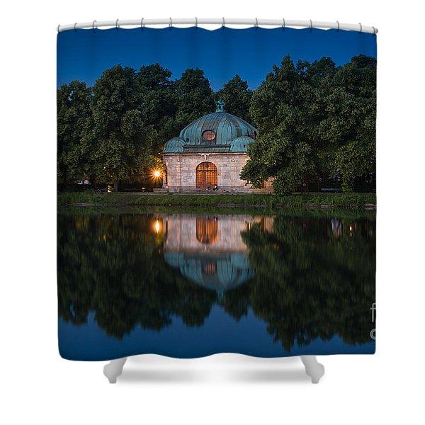 Shower Curtain featuring the photograph Hubertusbrunnen by John Wadleigh