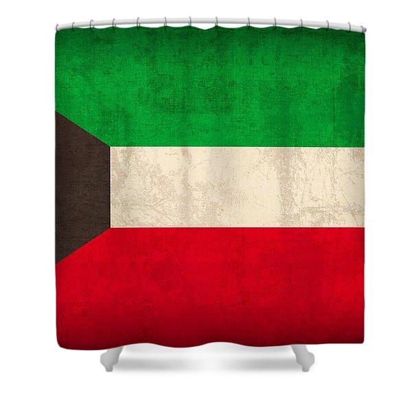 Kuwait Flag Vintage Distressed Finish Shower Curtain