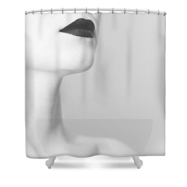 Levres Noires Shower Curtain
