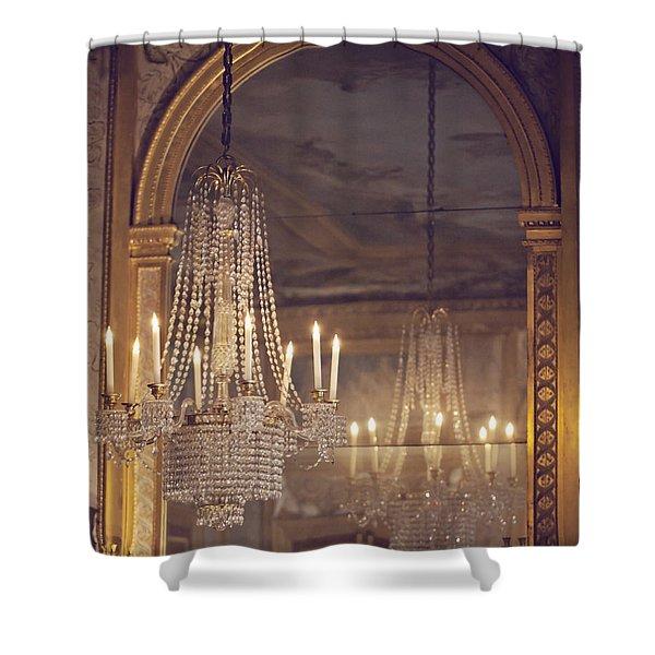 Lustre De Fontainebleau - Paris Chandelier Shower Curtain