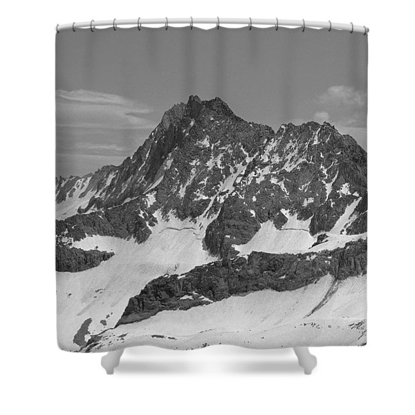 406429-e-middle Palisade Bw Shower Curtain