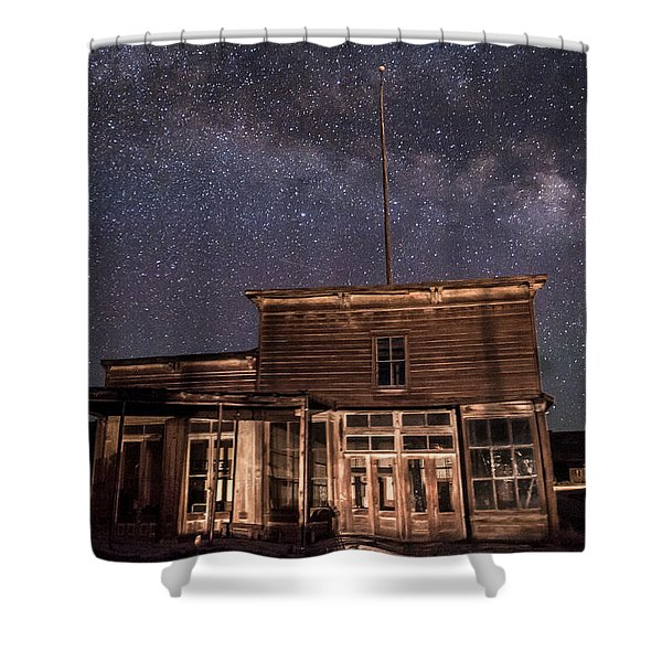 Milky Way Over  Wheaton And Hollis Hotel Shower Curtain