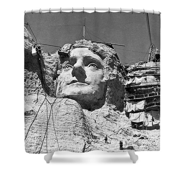 Mount Rushmore In South Dakota Shower Curtain