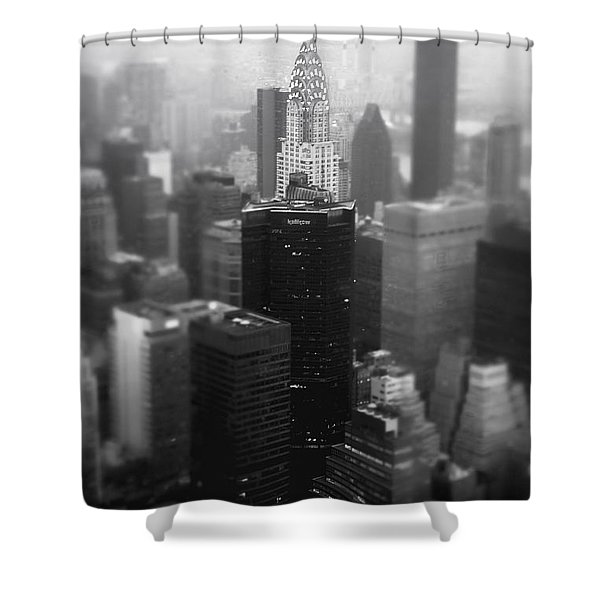 New York City - Fog And The Chrysler Building Shower Curtain