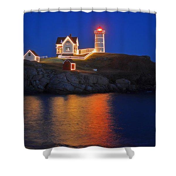 Nubble Light In York Me Cape Neddick Christmas Blue Sky Shower Curtain