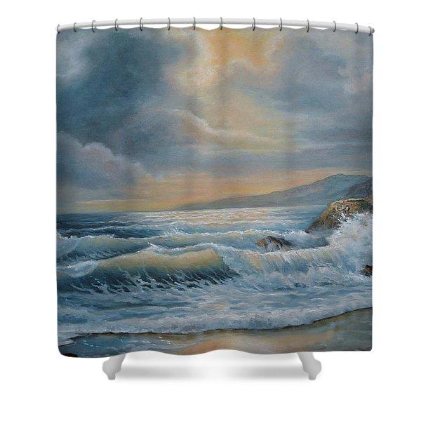 Ocean Under The Evening Glow Shower Curtain
