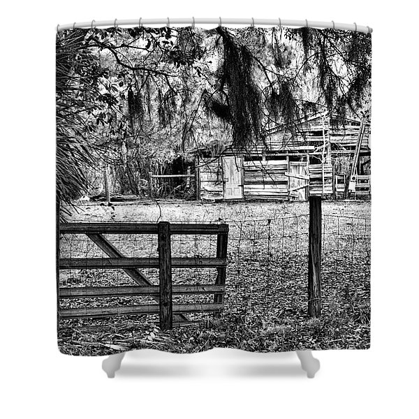 Old Chisolm Island Barn Shower Curtain