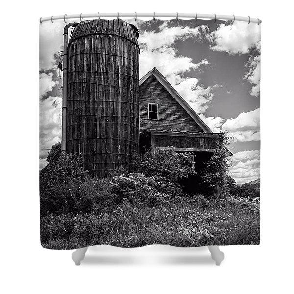 Old Vermont Barn And Silo Shower Curtain