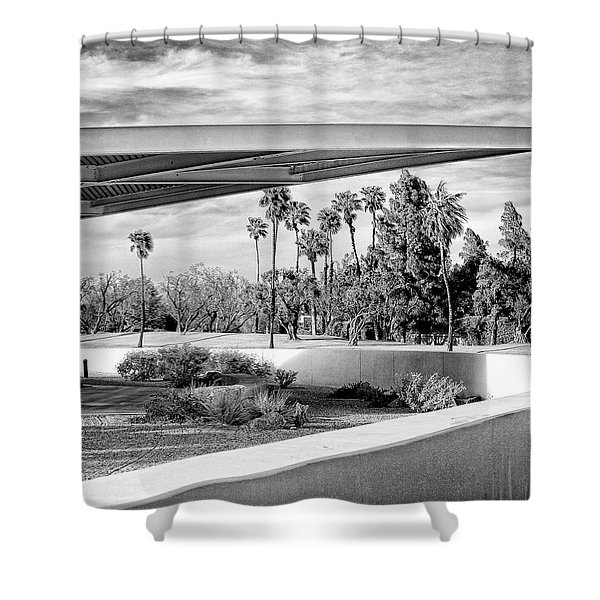 Overhang Bw Palm Springs Shower Curtain