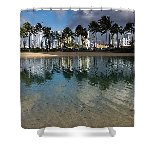 Palm Trees Crystal Clear Lagoon Water And Tropical Fish Shower Curtain