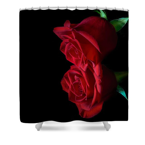 Shower Curtain featuring the photograph Reflecting Beauty by Garvin Hunter