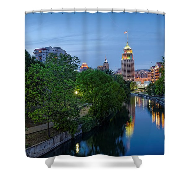 San Antonio Skyline Tower Life Building And Riverwalk From Cesar Chavez Boulevard - Texas Shower Curtain