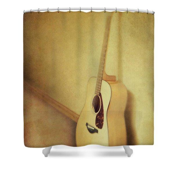 Silent Guitar Shower Curtain
