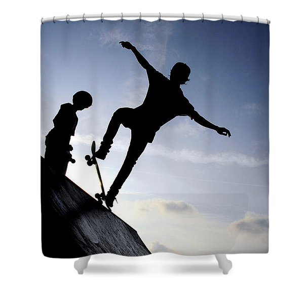 Shower Curtain featuring the photograph Skateboarders by Fabrizio Troiani