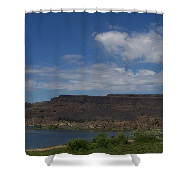 Shower Curtain featuring the photograph Steamboat Rock by Charles Robinson