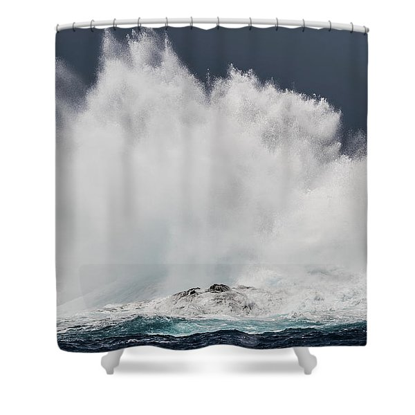Swell Induced Wave Crashing On The Kona Shower Curtain