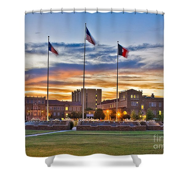 Shower Curtain featuring the photograph Memorial Circle At Sunset by Mae Wertz