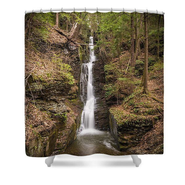The Thread Shower Curtain