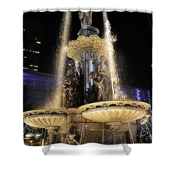 Fx9u-1250 Tyler Davidson Fountain Photo Shower Curtain