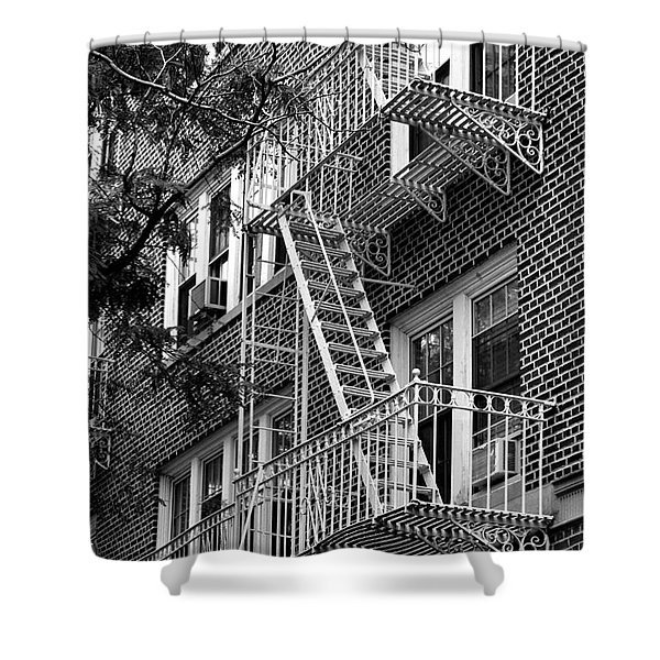 Typical Building Of Brooklyn Heights - Brooklyn - New York City Shower Curtain