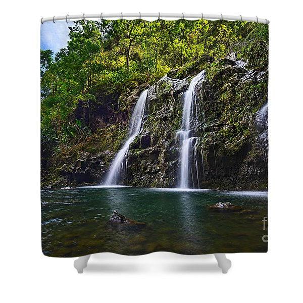 Upper Waikani Falls - The Stunningly Beautiful Three Bears Found In Maui. Shower Curtain