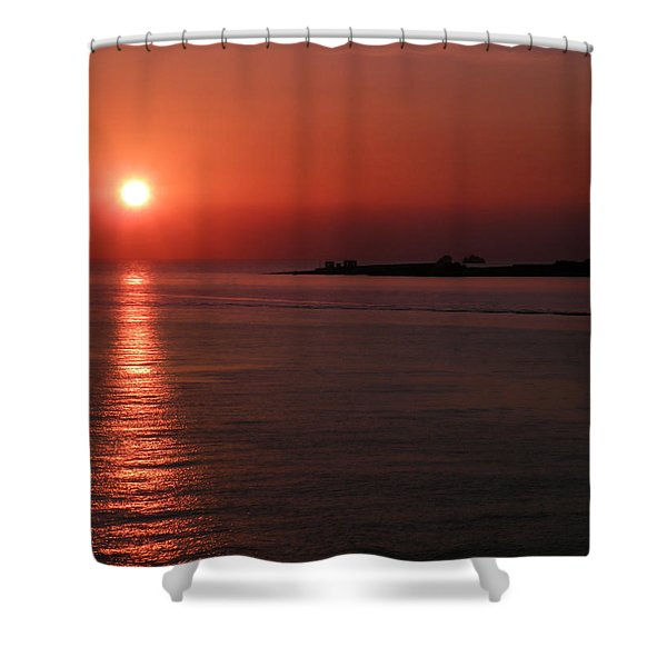 Vela In Grecia Shower Curtain