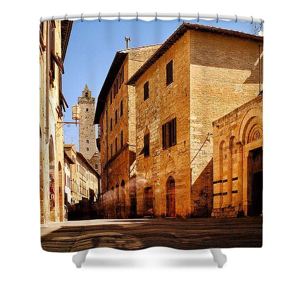 Shower Curtain featuring the photograph Via San Giovanni by Fabrizio Troiani