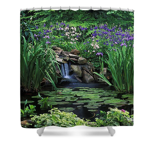 Water Feature - Fs000150 Shower Curtain