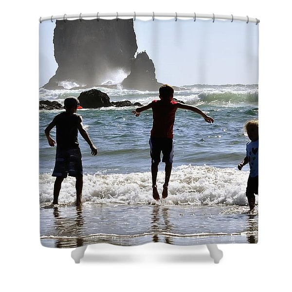 Wave Jumping 25614 Shower Curtain