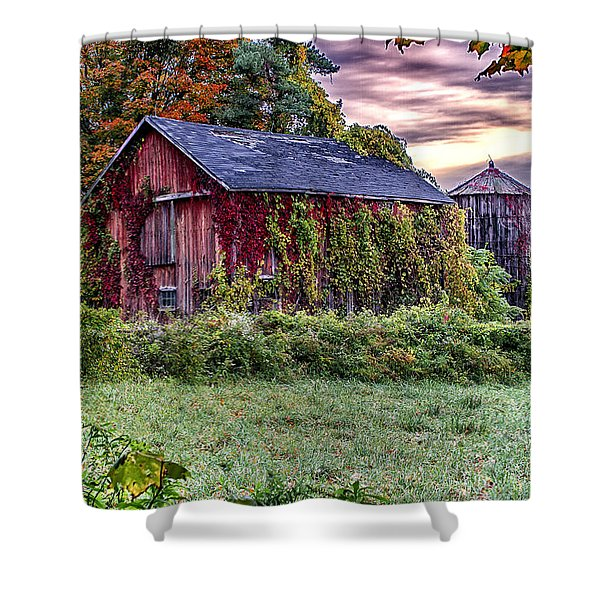 Weathered Connecticut Barn Shower Curtain