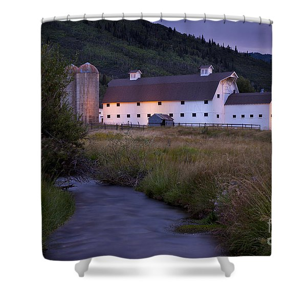 Shower Curtain featuring the photograph White Barn by Brian Jannsen