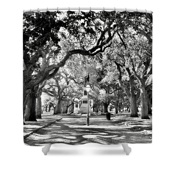 White Point Gardens At Battery Park Charleston Sc Black And White Shower Curtain
