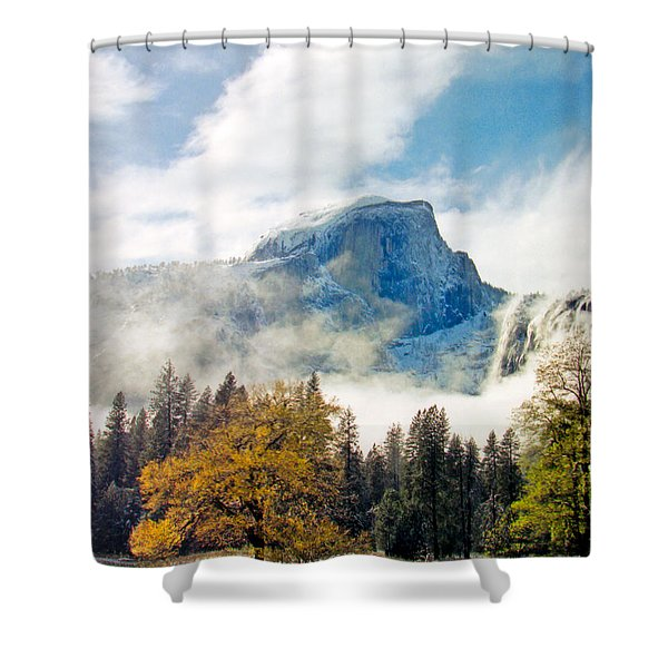 Yosemite Valley  Light Snow Shower Curtain