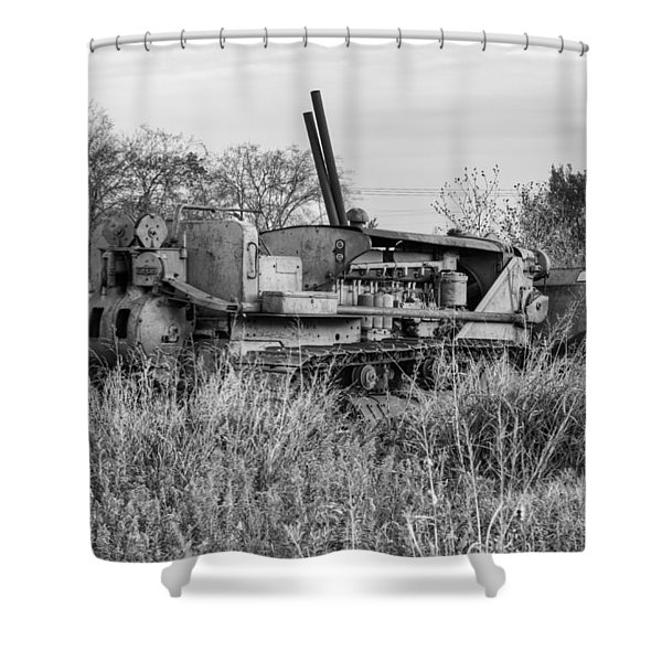Old Cat Iv Shower Curtain