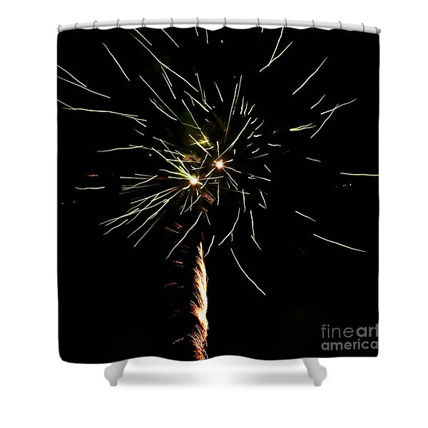 Shower Curtain featuring the photograph Spirograph by Agusti Pardo Rossello