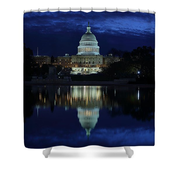 Us Capitol - Pre-dawn Getting Ready Shower Curtain