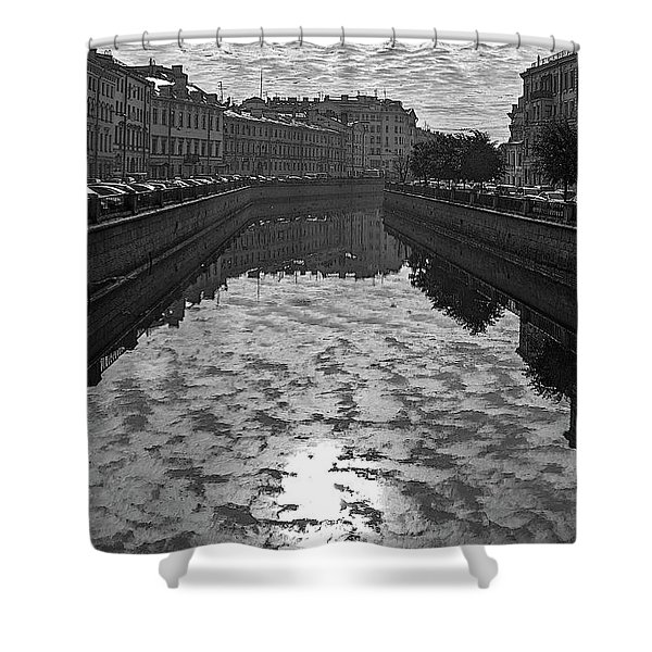 City Reflected In The Water Channels Shower Curtain