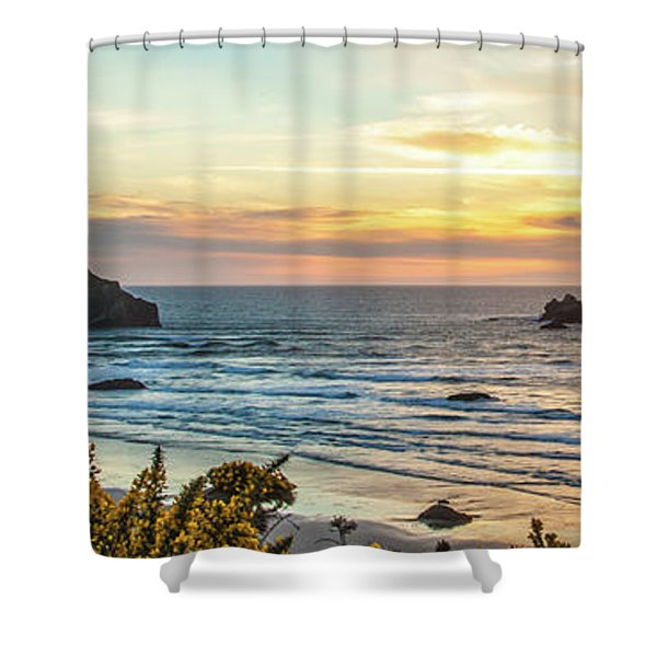 Face Rock At Sunset Shower Curtain