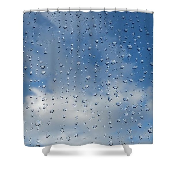 Gouttes Shower Curtain